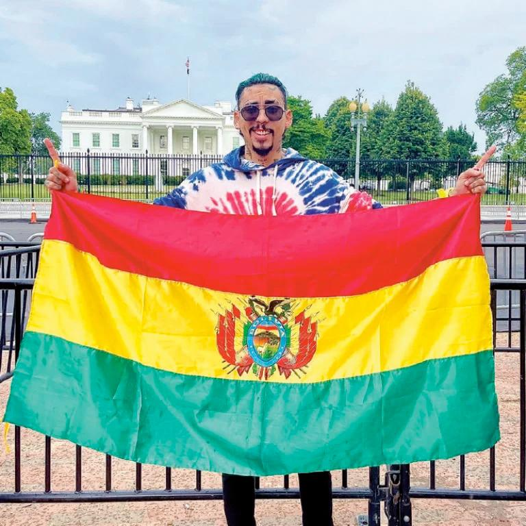 Do menino que brilhou na TV ao Bonny Lovy  milionária em cliques pela cumbia boliviana